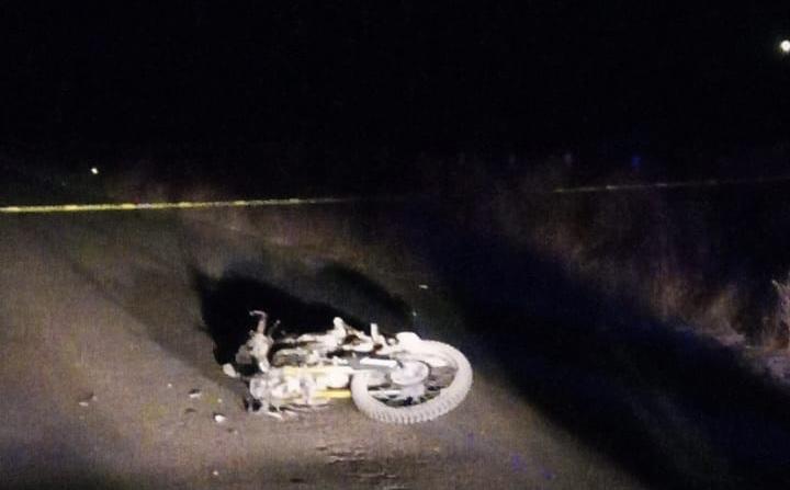 Muere adolescente al chocar en su moto contra un caballo en San José de Gracia