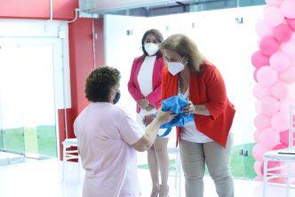 Municipio de Aguascalientes entrega prótesis mamarias