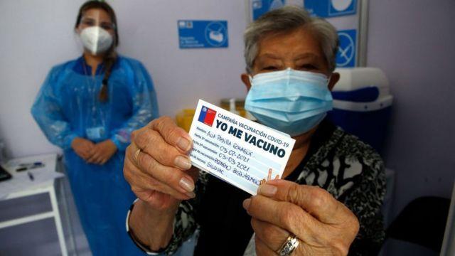 Chile es el país que más rápido está vacunando contra Covid en el mundo
