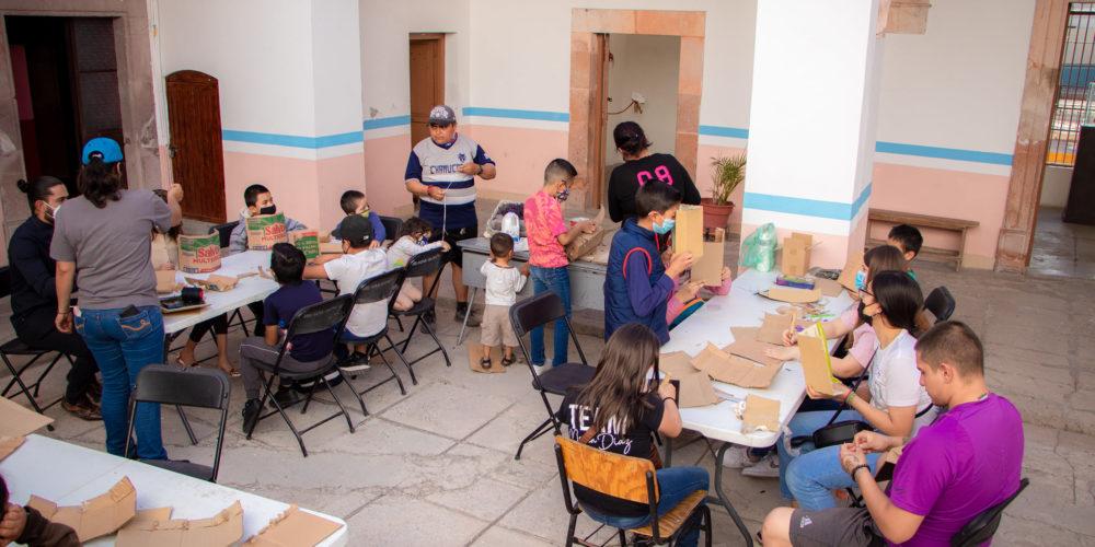 """Continúan talleres del Festival Cultural de """"Matlachines"""" en Rincón de Romos"""