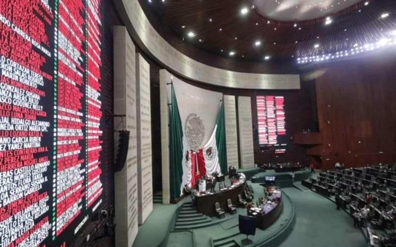 Diputados aprueban perseguir de oficio la violencia familiar