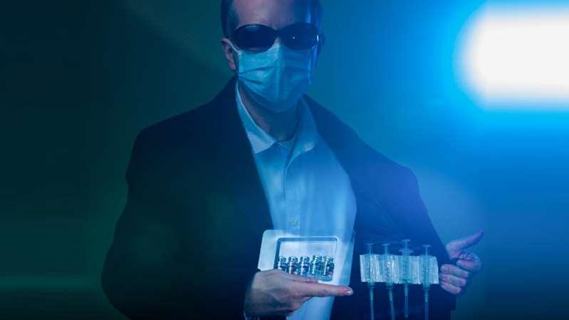 Interpol alerta por venta de vacunas falsas contra COVID-19 en internet
