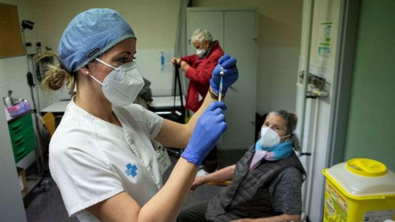 Avanzan estudios de vacuna contra el Covid mexicana