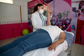 DIF municipal inaugura consultorio para rehabilitar a personas con secuelas de cáncer de mama