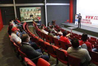 IMMA imparte curso en Club Necaxa en materia de igualdad de género