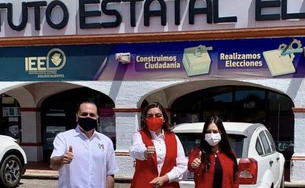 Registra PRI su planilla al municipio de Aguascalientes