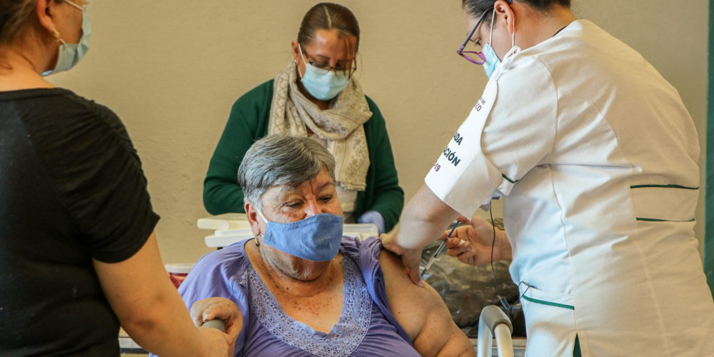 "Este miércoles vacunarán a adultos de apellidos con letras ""F"", ""G"" y ""H"" en Aguascalientes"