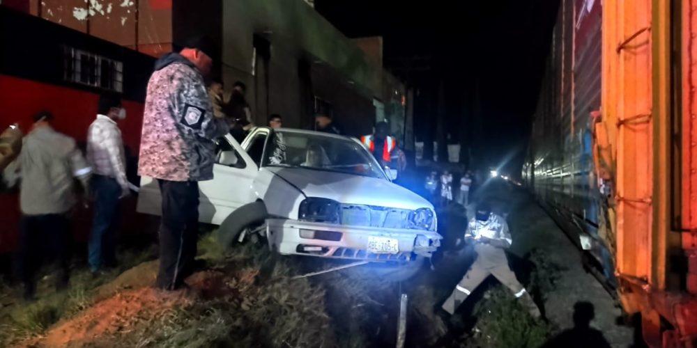 Joven salió herido tras intentar ganarle el paso al tren en Pabellón de Arteaga