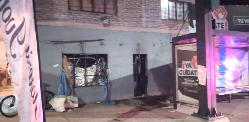 Rescatan de incendio a un adulto mayor en Aguascalientes
