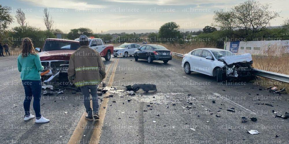 Choque frontal en carretera a Loreto, Zacatecas deja 1 herido