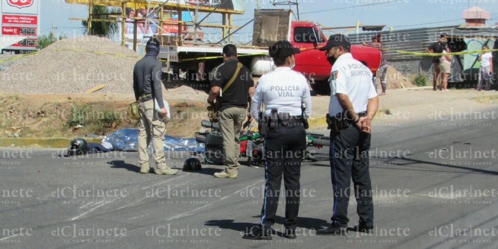Choque entre motocicletas deja 1 muerto y 1 herido en Villa Las Palmas