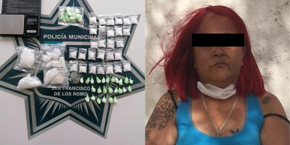 """Atrapan a """"La Sandy"""" con droga, báscula y dinero en SFR"""