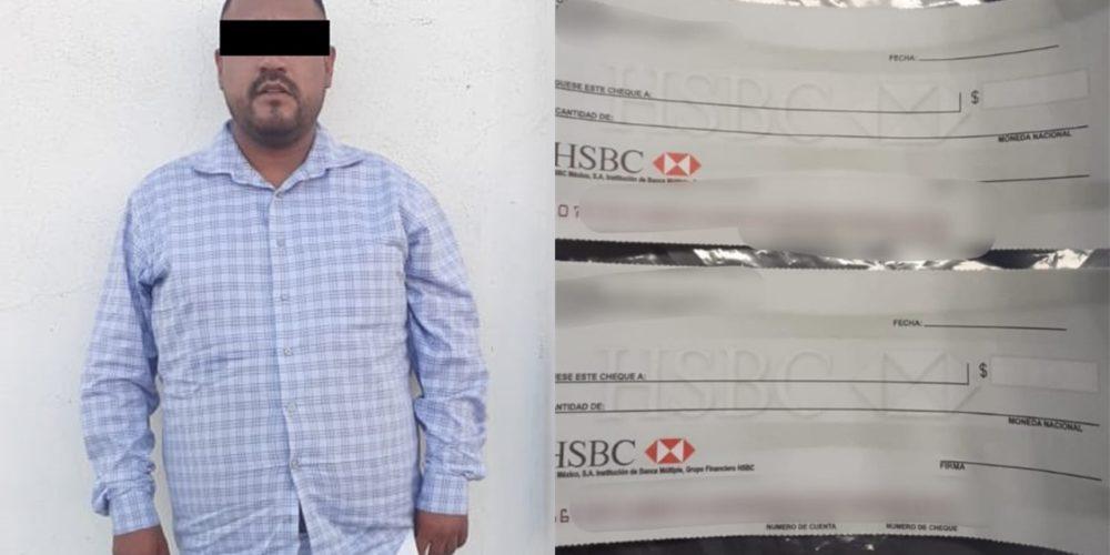 Capturan a sujeto que pretendía adquirir un auto con cheques en blanco