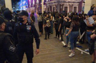 Feministas denuncian penalmente a policías de Aguascalientes