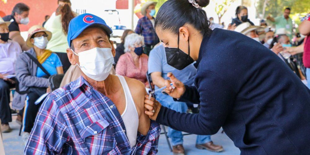 Con tranquilidad inició la vacunación contra COVID-19 en Calvillo