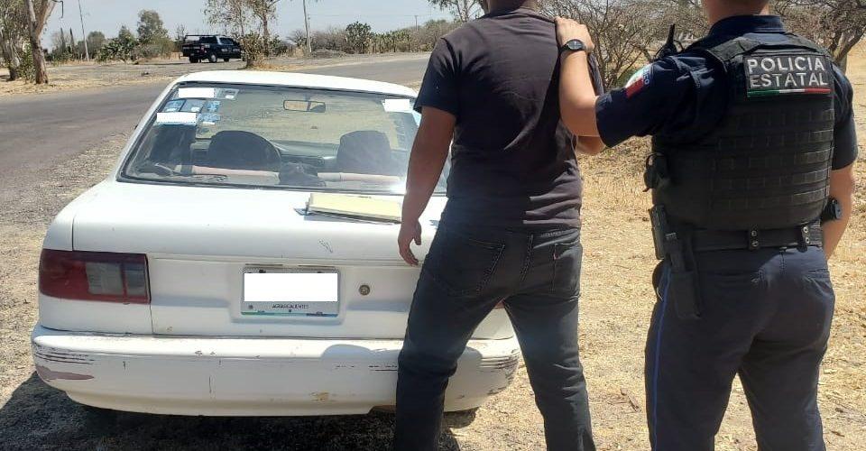Detienen a Luis Armando con taxi robado
