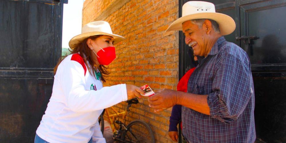 Abren puertas a Margarita Gallegos en San Francisco de los Romo