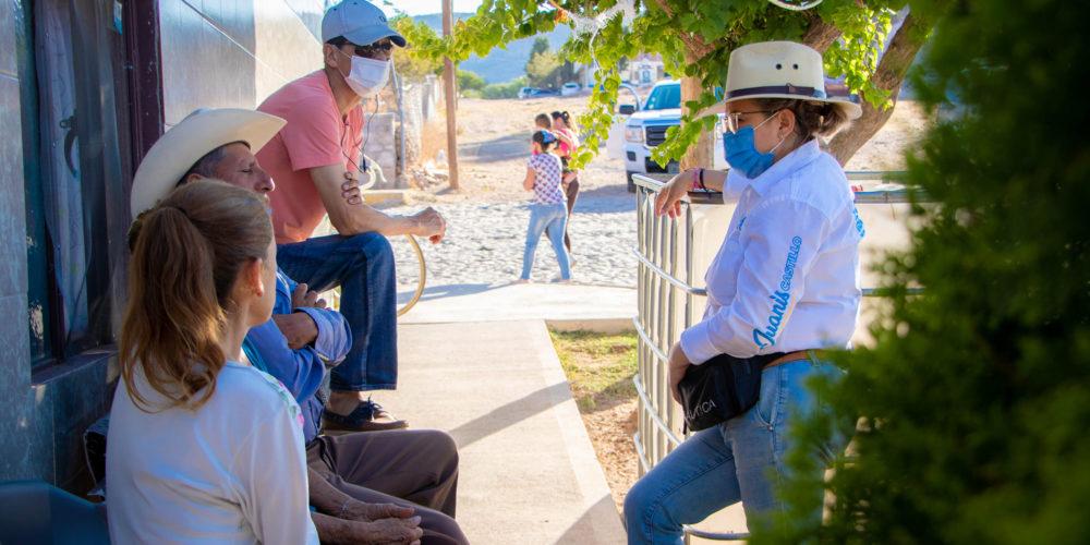 Vecinos de Pabellón de Hidalgo reciben con optimismo propuestas de Juanis Castillo