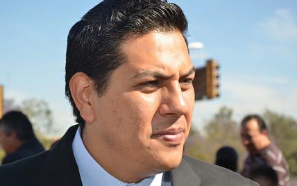 Defiende Báez intentona de Luévano para reelegirse por etnia