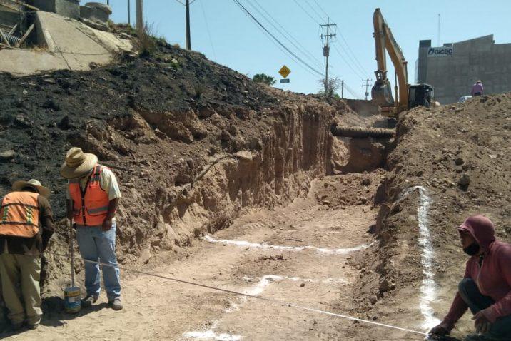 CCAPAMA realiza cierre parcial en Av. Guadalupe González por obras de colector