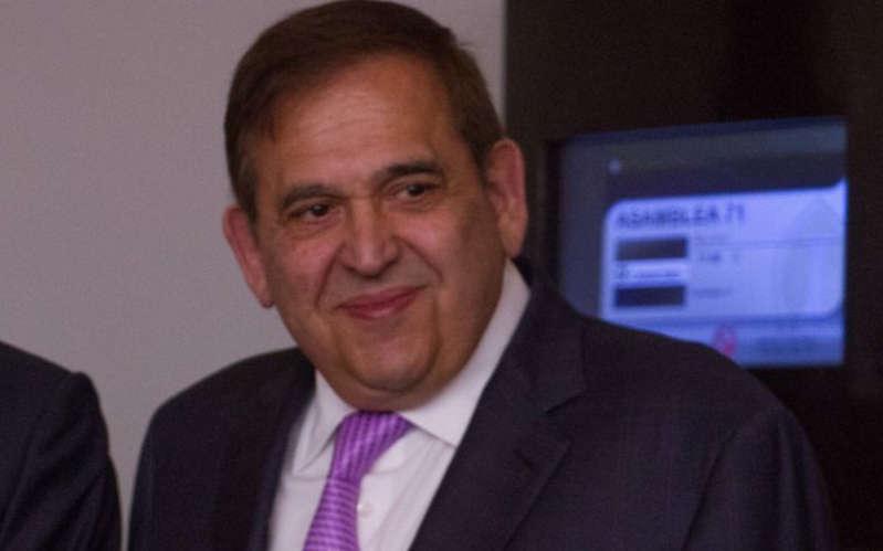 Juez libera a Ancira, pagará 216 millones a Pemex