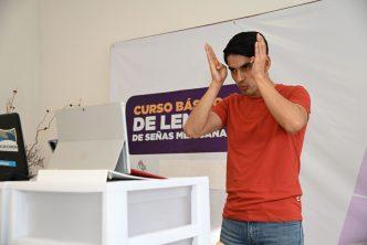 DIF municipal imparte curso de lenguaje de señas