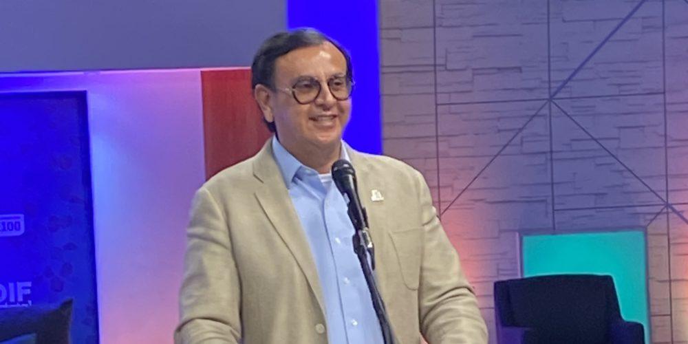 Flores Femat pide voluntad a maestros de Aguascalientes para regresar a clases