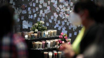 SSa reporta 215,918 muertos por covid en México