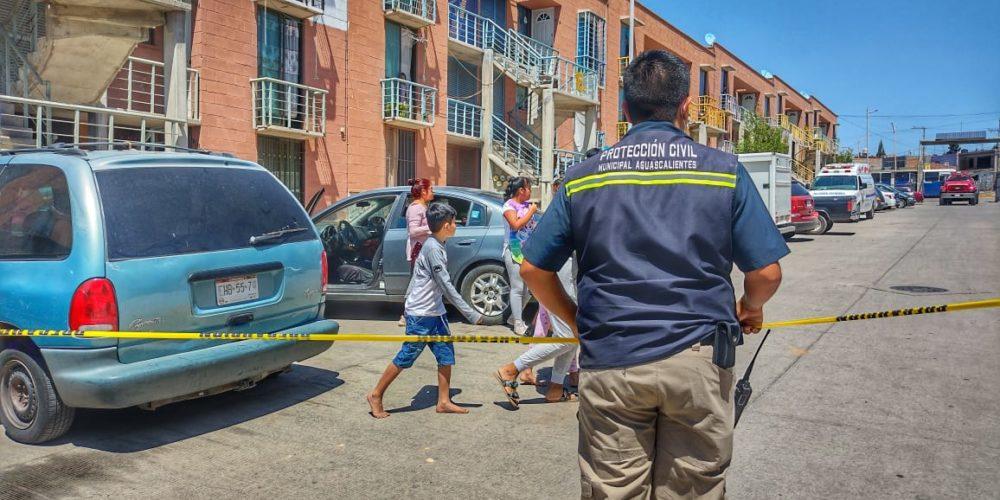 Incendio consume departamento en el fraccionamiento La Hojarasca