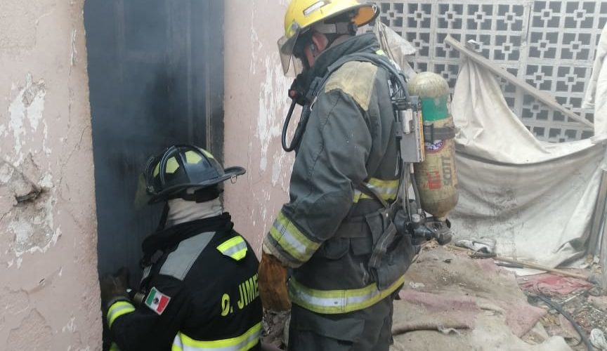 Se registra incendio en vivienda del Indeco
