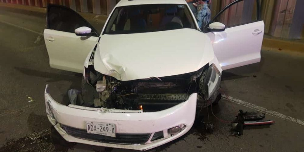 Deshacen coche y lo abandonan en bulevar Guadalupano