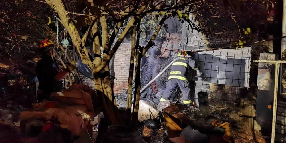 Mujer intoxicada provoca incendio en domicilio del fraccionamiento Insurgentes