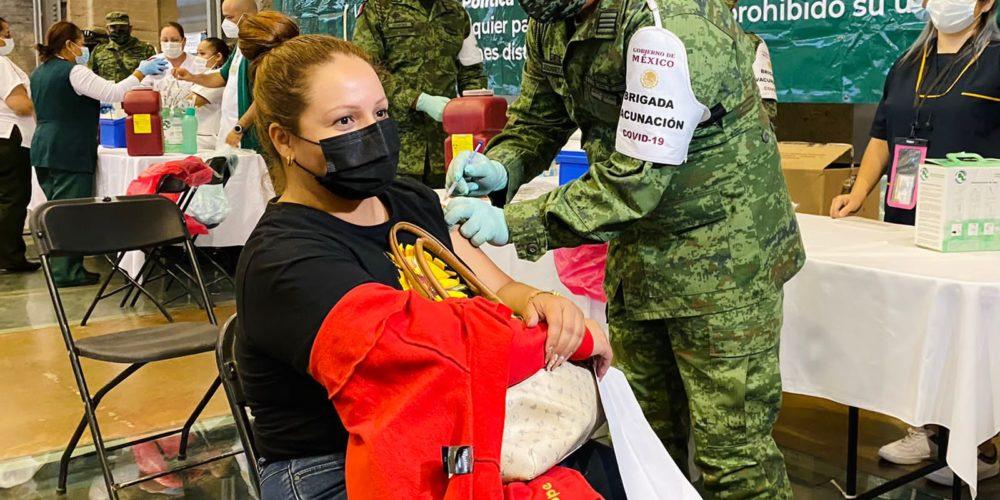 Arranca vacunación de docentes en Aguascalientes
