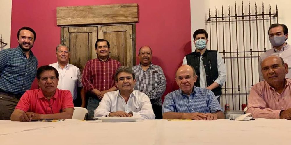 Acusan al delegado del CEN del PRI en Aguascalientes de retener recursos de candidatos