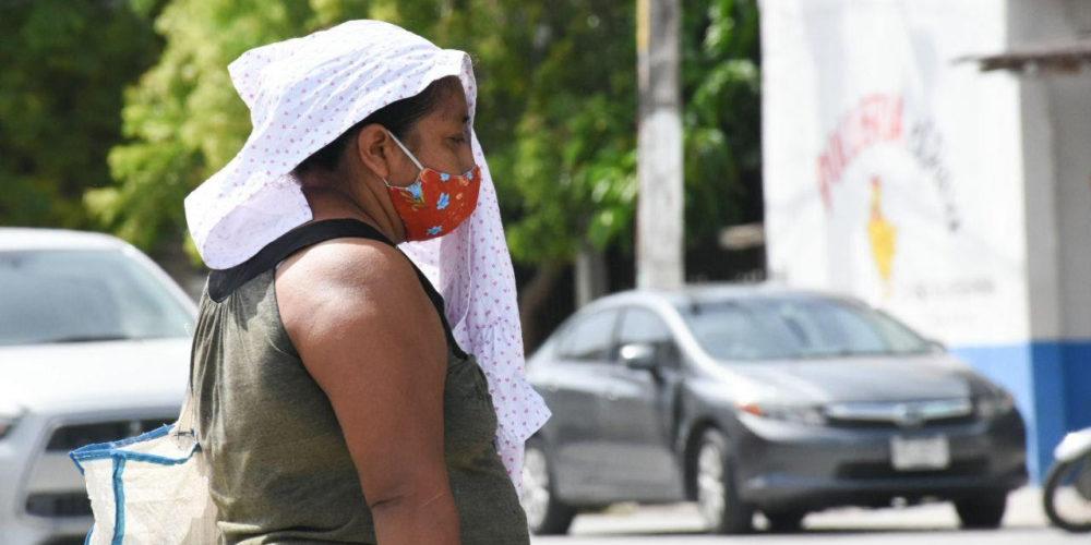 Advierte ISSEA sobre riesgos de sufrir un golpe de calor