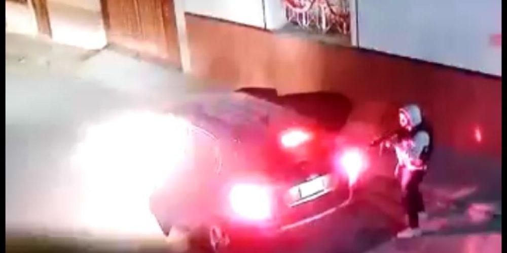 (Video) A balazos atacan vivienda en La Chona: 1 muerto, 3 heridos, 1 una mujer secuestrada