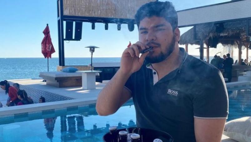 Alex Quintero, cantante de corridos, es asesinado en fiesta privada