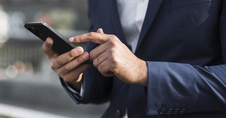 Juez otorga la primera suspensión definitiva contra el padrón de usuarios de telefonía móvil