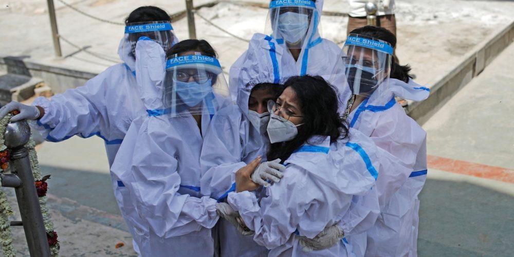 India reporta 314 mil 835 nuevos contagios de Covid, récord mundial en la pandemia