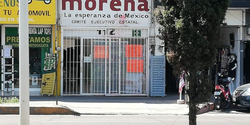 Cumple un mes toma de instalaciones de Morena en Aguascalientes