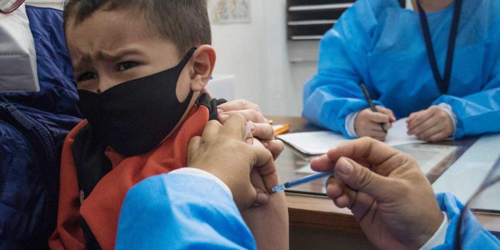Anuncia ISSEA campaña de vacunación contra el sarampión y rubéola