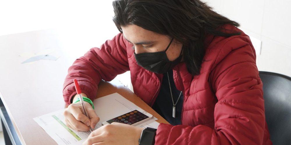 IEA publica convocatoria de becas para universitarios de instituciones privadas