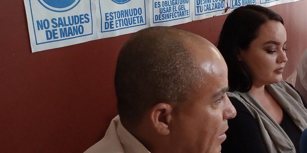 Candidato de oposición denuncia hostigamiento en Rincón de Romos
