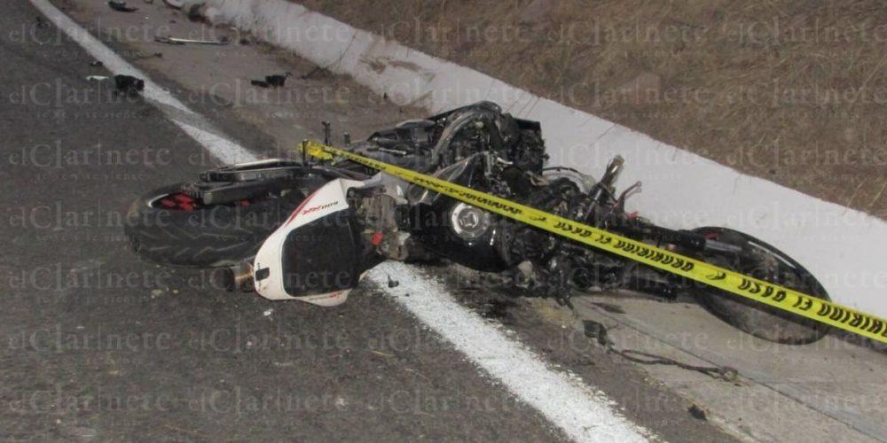 Motociclista intentó rebasar y sólo consiguió la muerte en Asientos