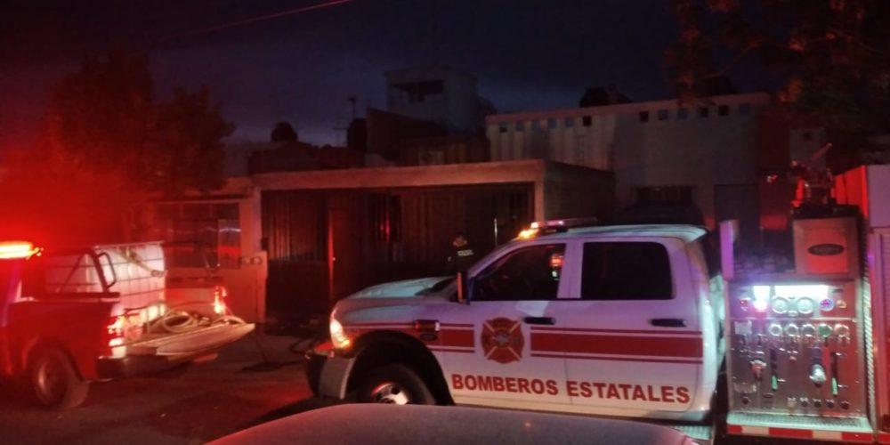 Bomberos sofocaron incendio de vivienda  y rescataron a un perro de su interior