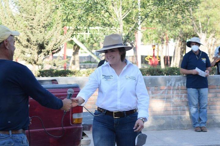 Se compromete Marisol Herrera a generar oportunidades de empleo en El Llano