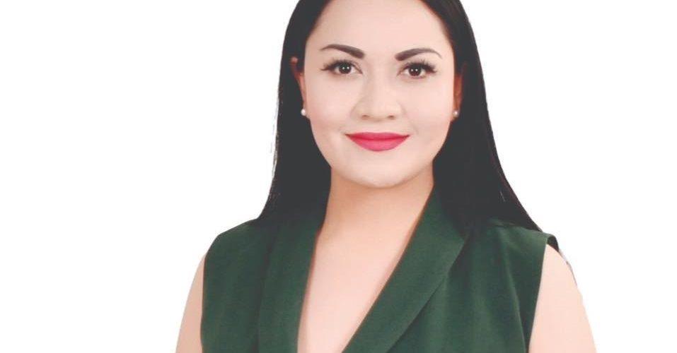 Leticia Olivares destaca la labor de los maestros