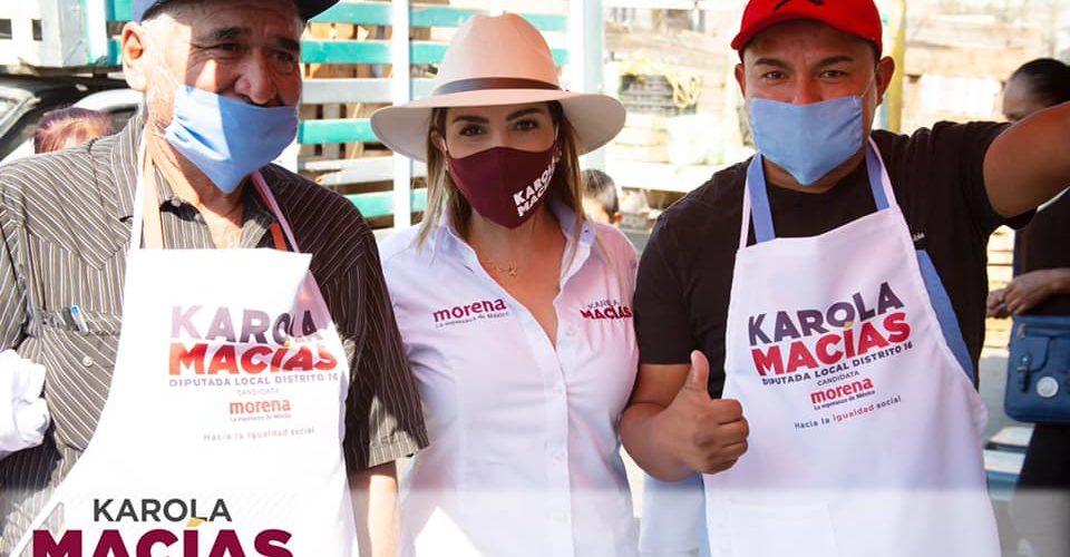 Karola Macías visita a tianguistas del Guadalupe Peralta