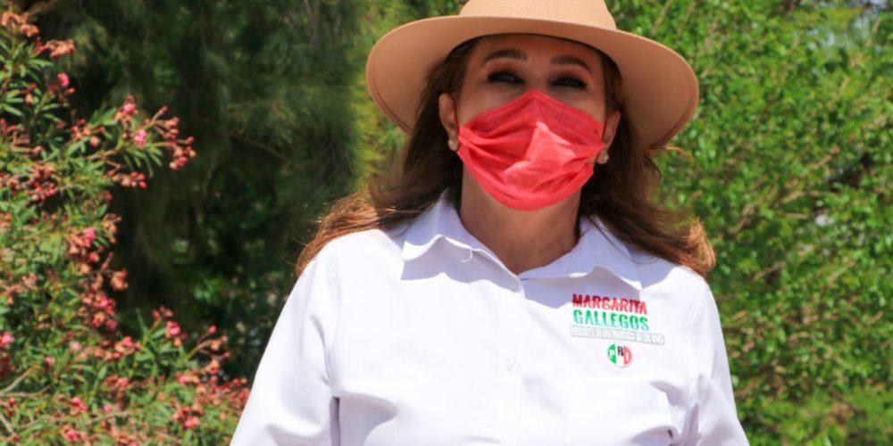 Maestros son los grandes pilares de la sociedad, reconoce Margarita Gallegos