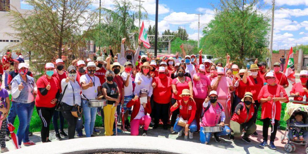 Muestran en Ojo de Agua del Mezquite y Borrotes apoyo a Margarita Gallegos